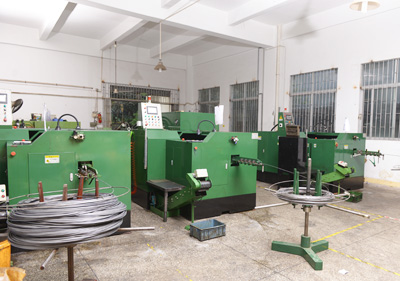 世世通产品生产器械